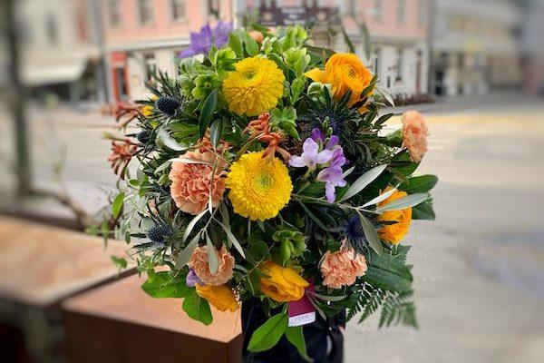 Blumenstrauss Linder Blumen